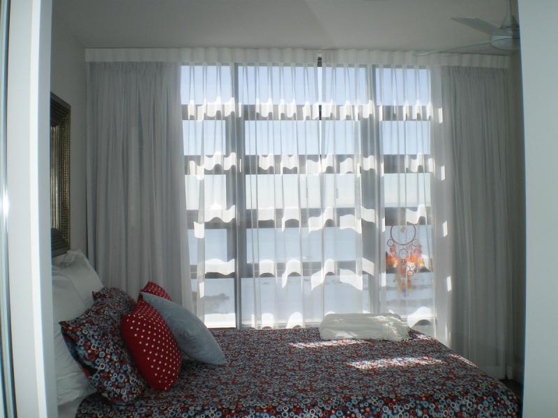 Curtains 1a